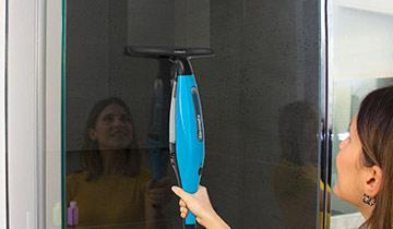polti aspiragocce Forzaspira AG200: pulizia vetro doccia