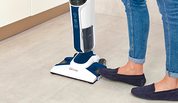 Polti Vaporetto 3 Clean_Blue: steam mop vertical parking