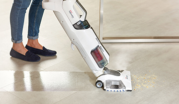 Vaporetto 3clean: steam mop with suction