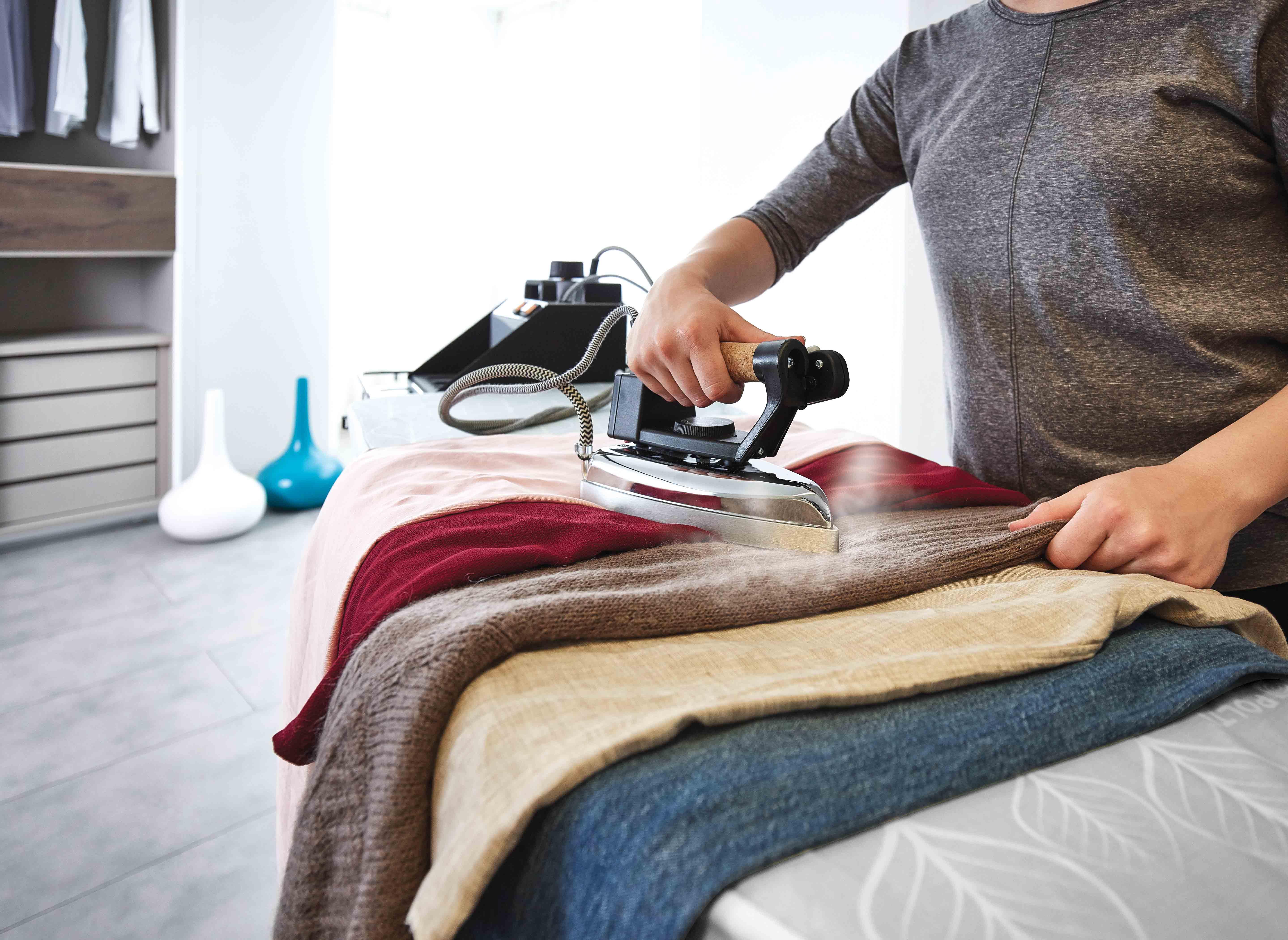 ¿Cómo planchar una camiseta?