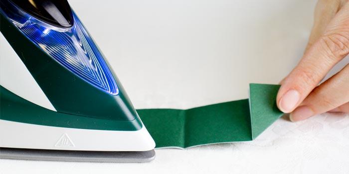 ghirlanda origami con ferro da stiro - step3