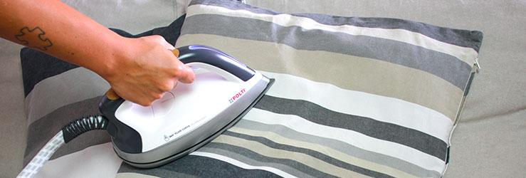 polti-8-cose-igienizzare-col-ferro-da-stiro-cuscino